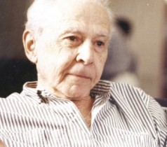 Jose J Veiga