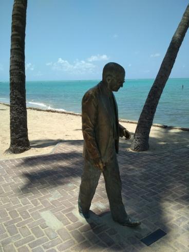 Graciliano_Ramos_statue